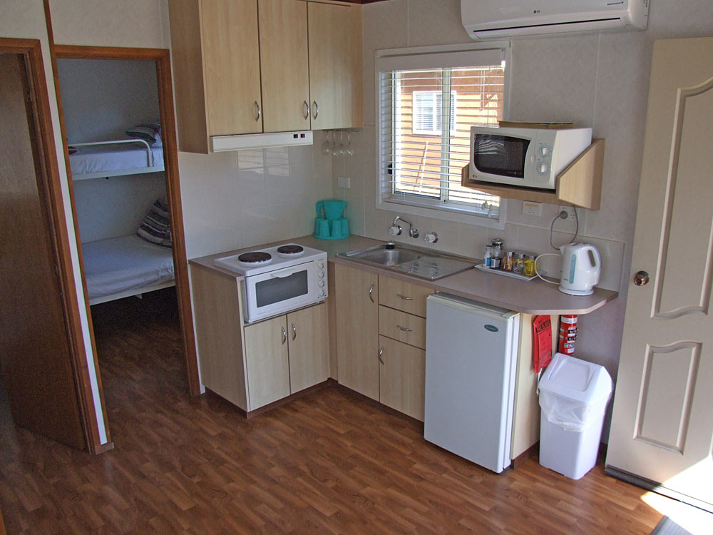 Cabin - fully self contained kitchen
